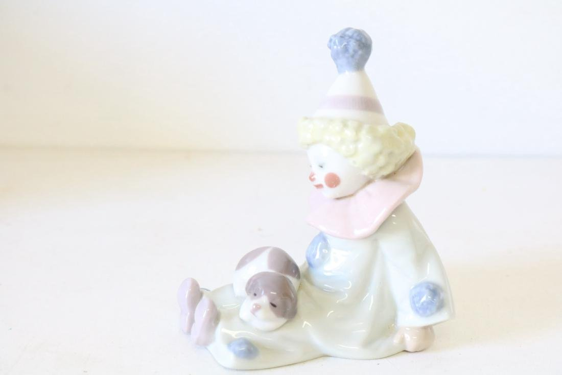 Lladro, Pierrot with Puppy & Ball #5278 - 3