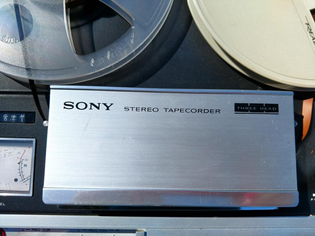 Vintage Sony Three Head Stereo Tapecorder, TC-355 - 4