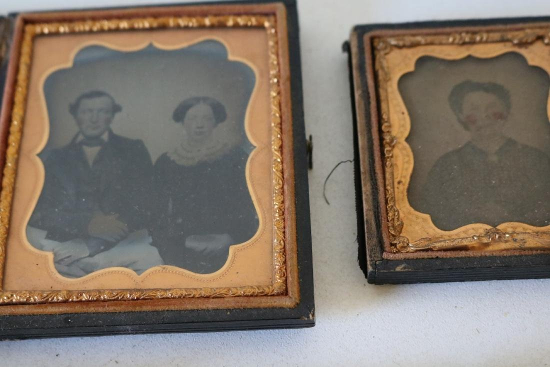 Lot of 8 Daguerreotype Photo's in Cases - 10