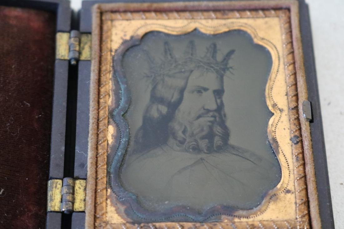 Very Unusual Daguerreotype Photo Man with Crown of - 2