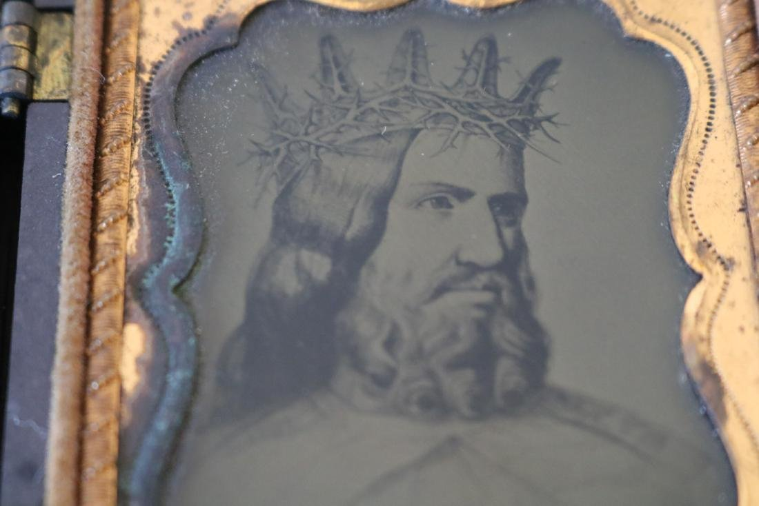 Very Unusual Daguerreotype Photo Man with Crown of - 3