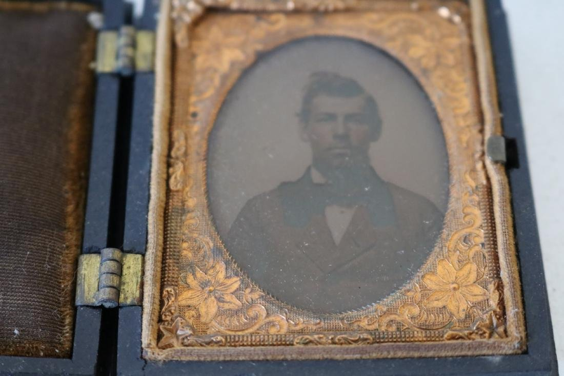 lot of 3 Daguerreotype Photo's with Gutta Percha Cases - 3
