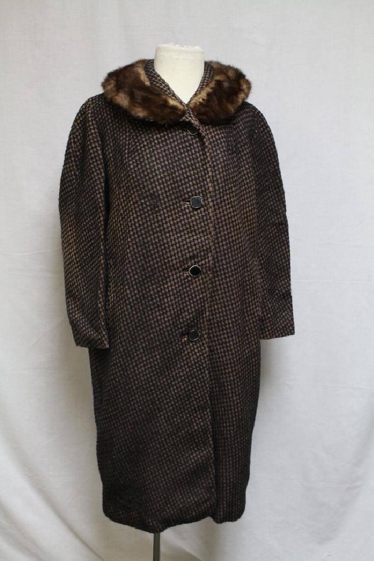 Vintage 1960's Houndstooth Wool Coat with Fur Collar