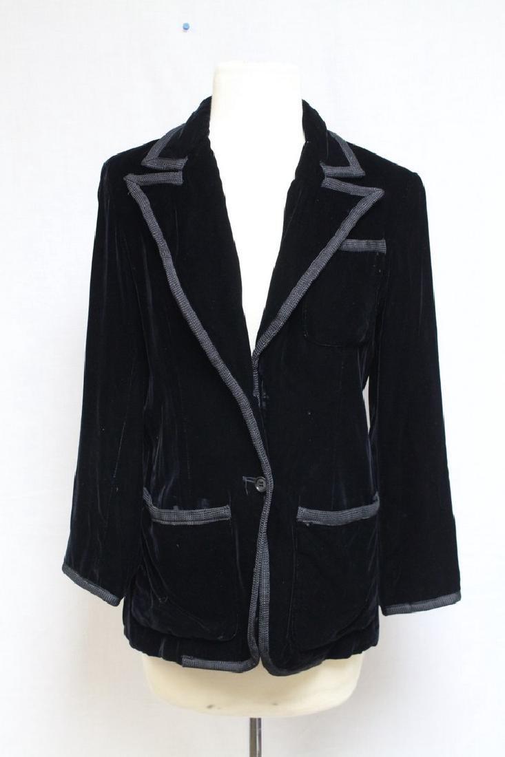 Vintage 1980s Oscar De La Renta Velvet Blazer