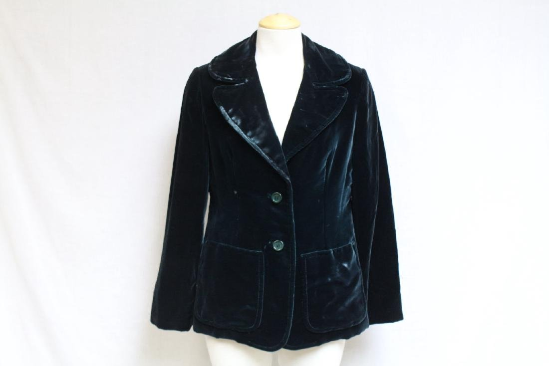 Vintage 1970s Oscar de la Renta Green Velvet Blazer