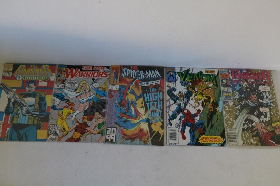 Lot of 50 Marvel Superhero comics - 12