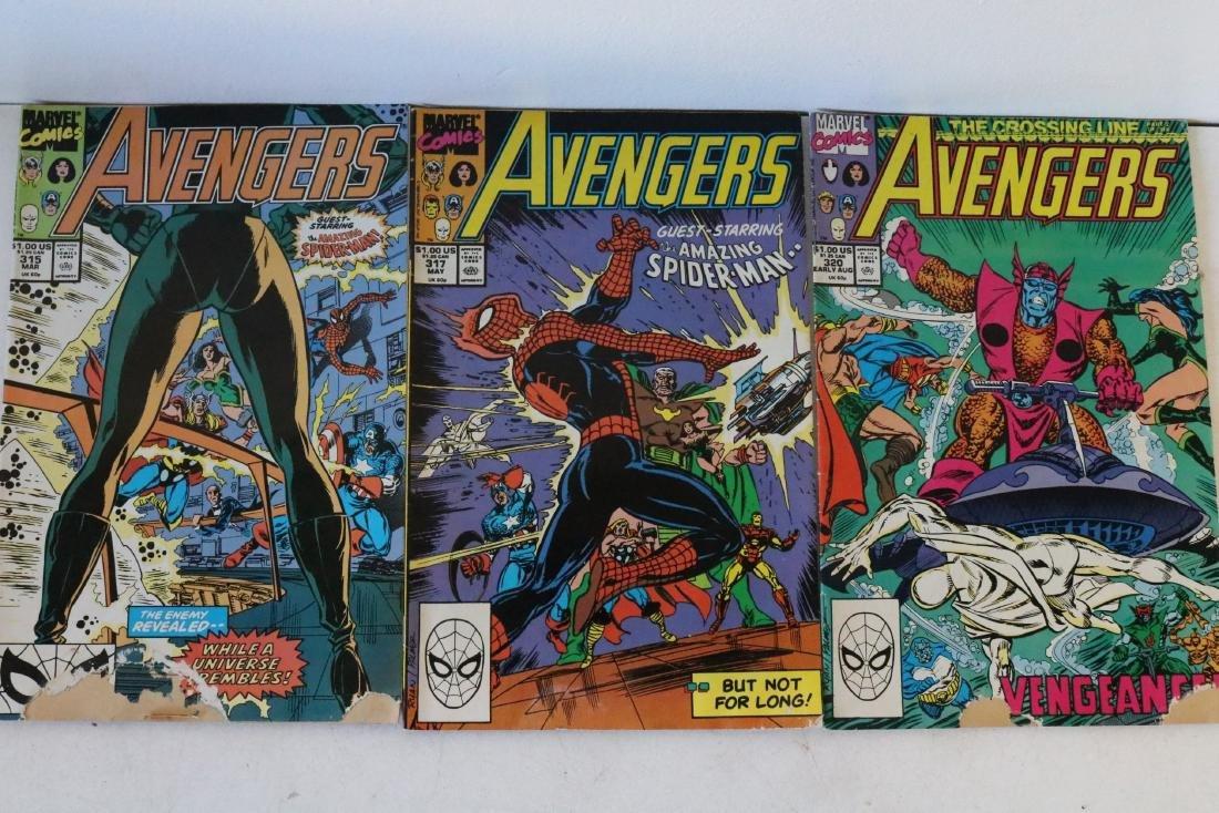 Avengers lot of 25 Marvel comics - 10