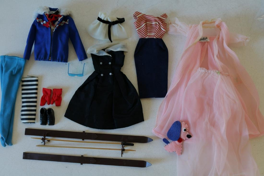 4 Barbie Outfits