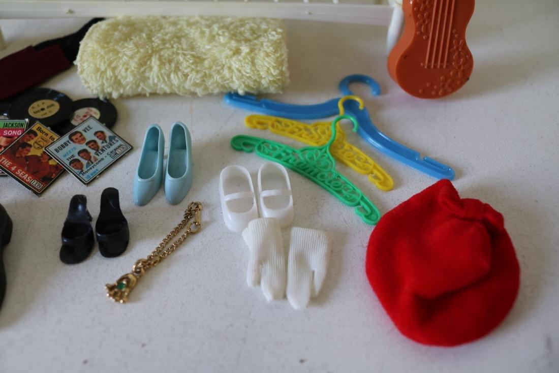 Lot of Barbie Accessories - 2
