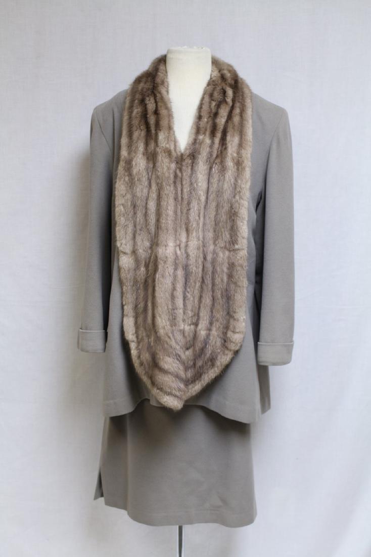 Vintage 1940s Beige Cashmere & Fur Skirt Suit