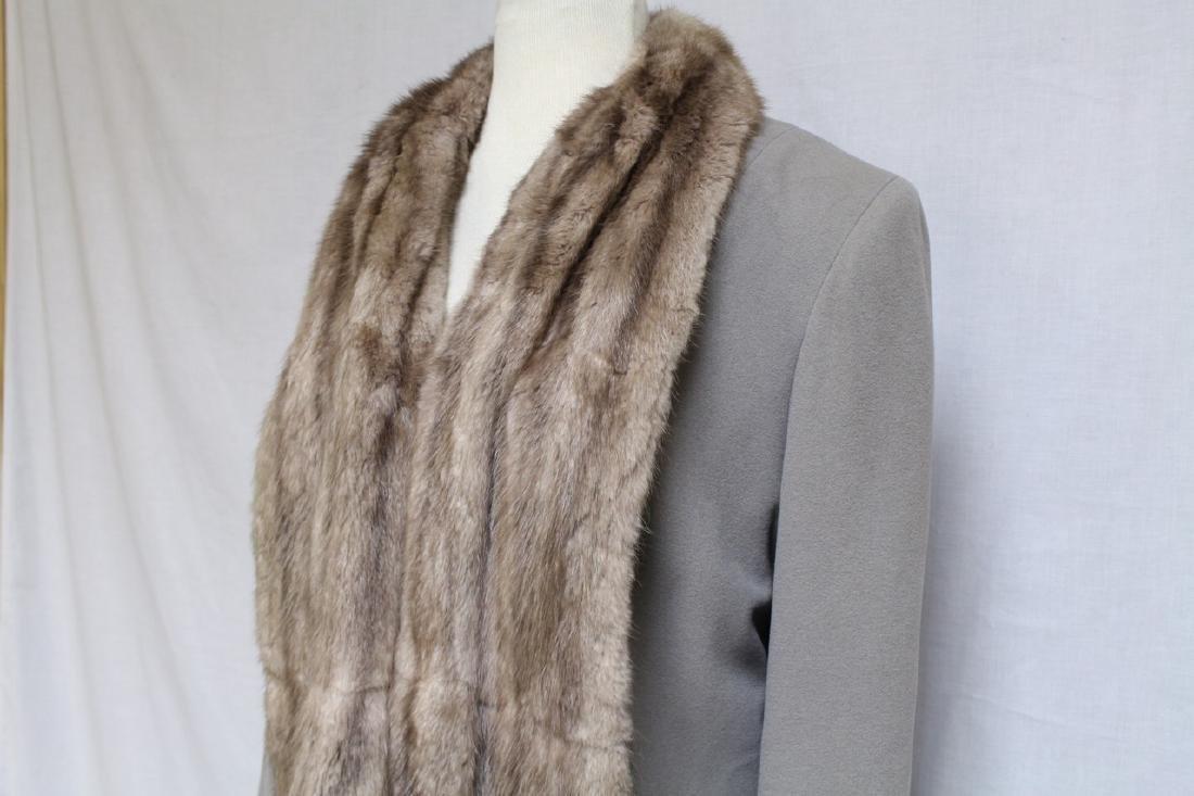 Vintage 1940s Beige Cashmere & Fur Skirt Suit - 2