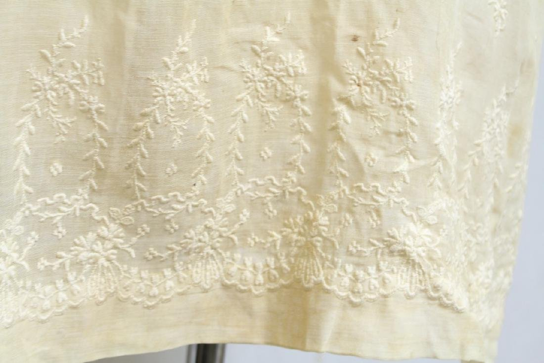 Vintage 1920s Girls Embroidered Dress - 2