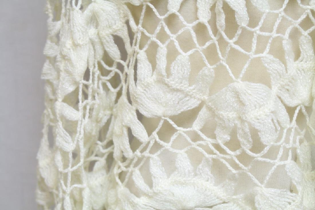 Vintage 1970s Lot of 2 Crochet Shawls - 4