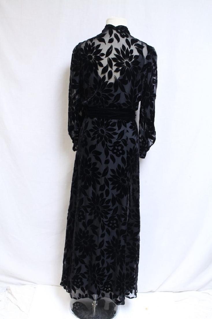 Vintage 1930s Black Devore Velvet Gown - 4