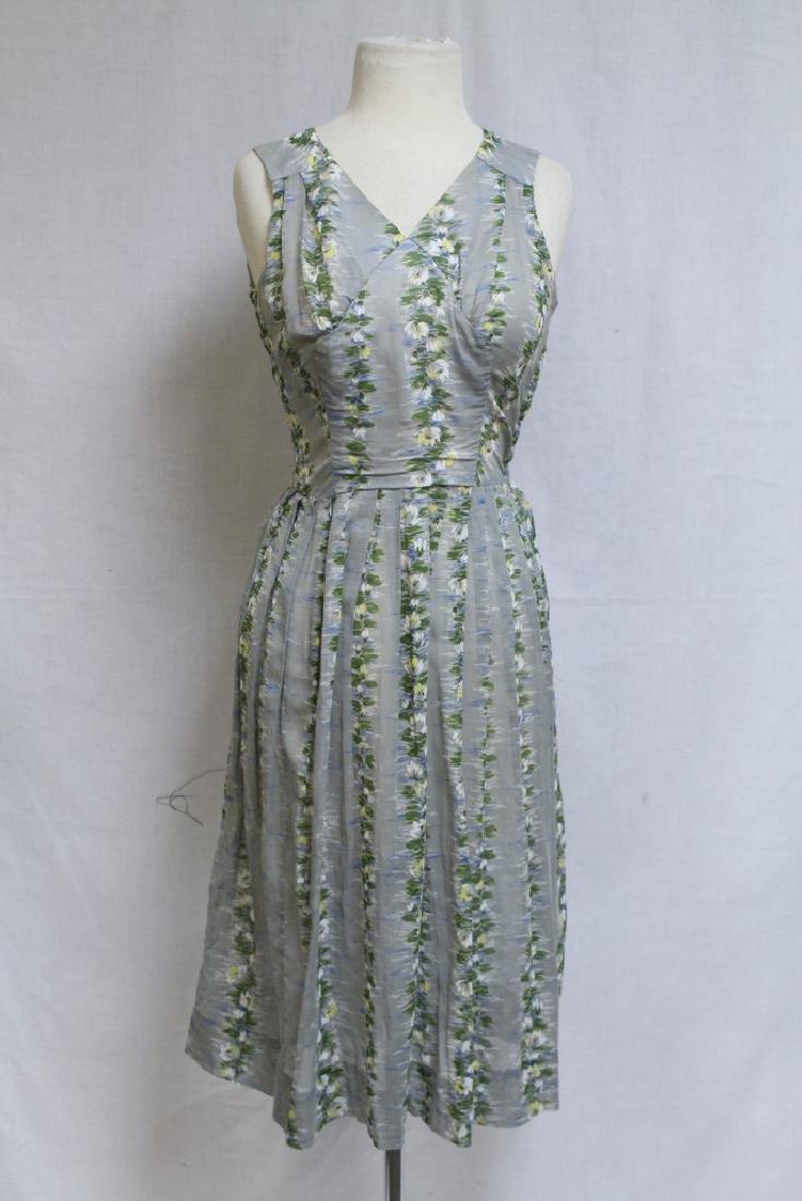Vintage 1950s Grey Floral Dress