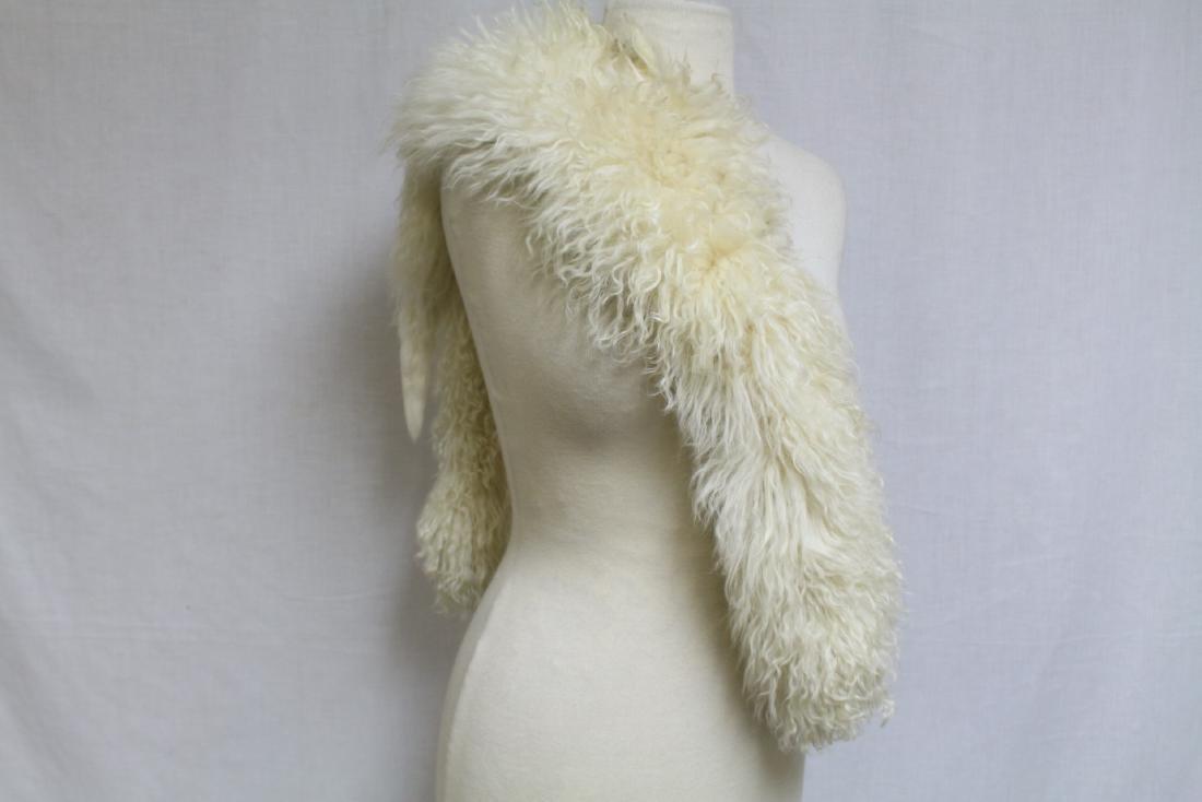 Vintage 1930s Tibetan Lamb Fur Muff & Stole - 3