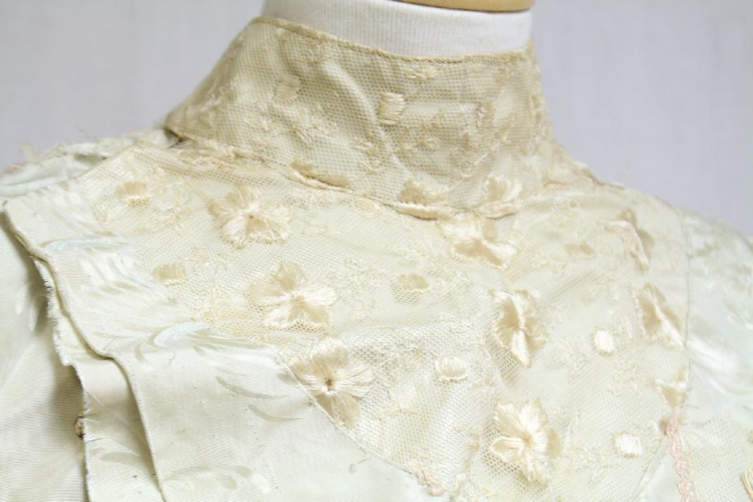 Vintage 1800s Silk & Lace Bodice - 3