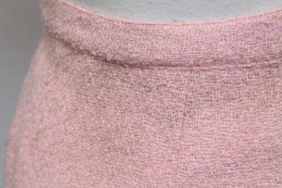Vintage 1960s Pink Boucle Best & Co Suit - 6