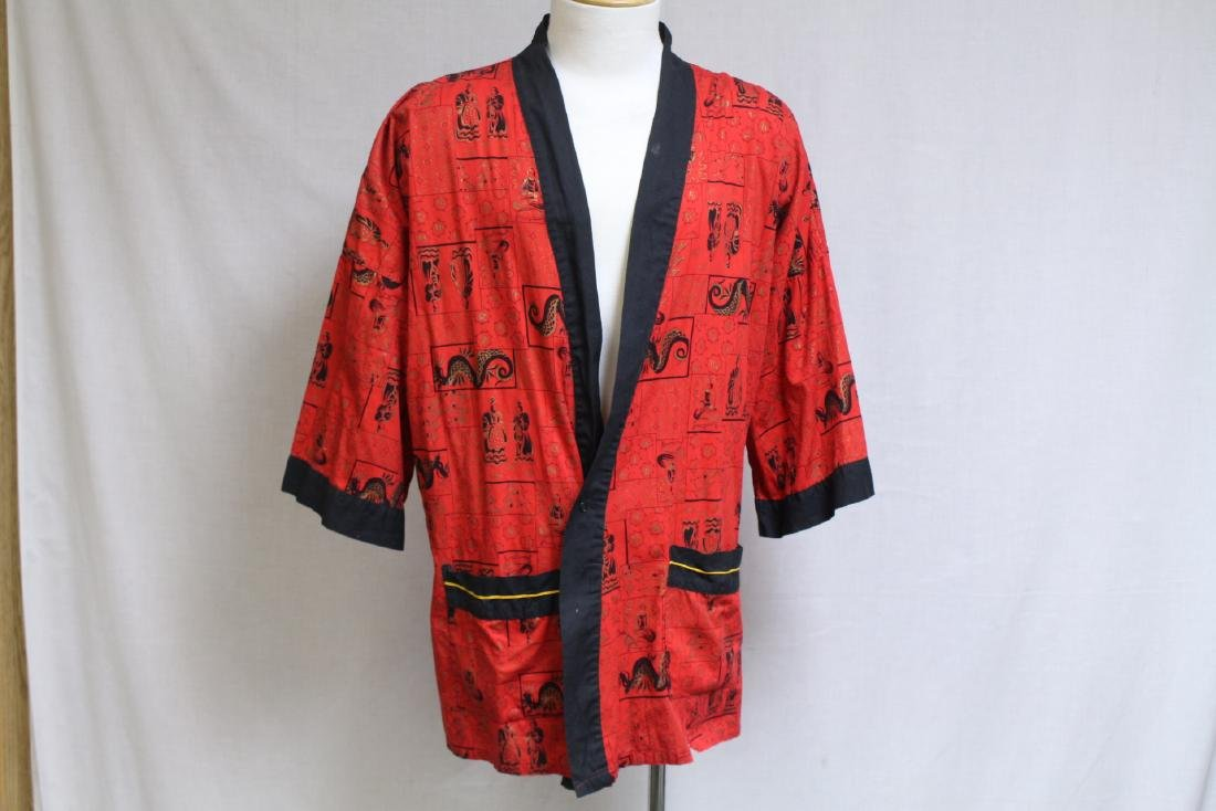 Vintage 1970s Men's Red Asian Dragon Robe