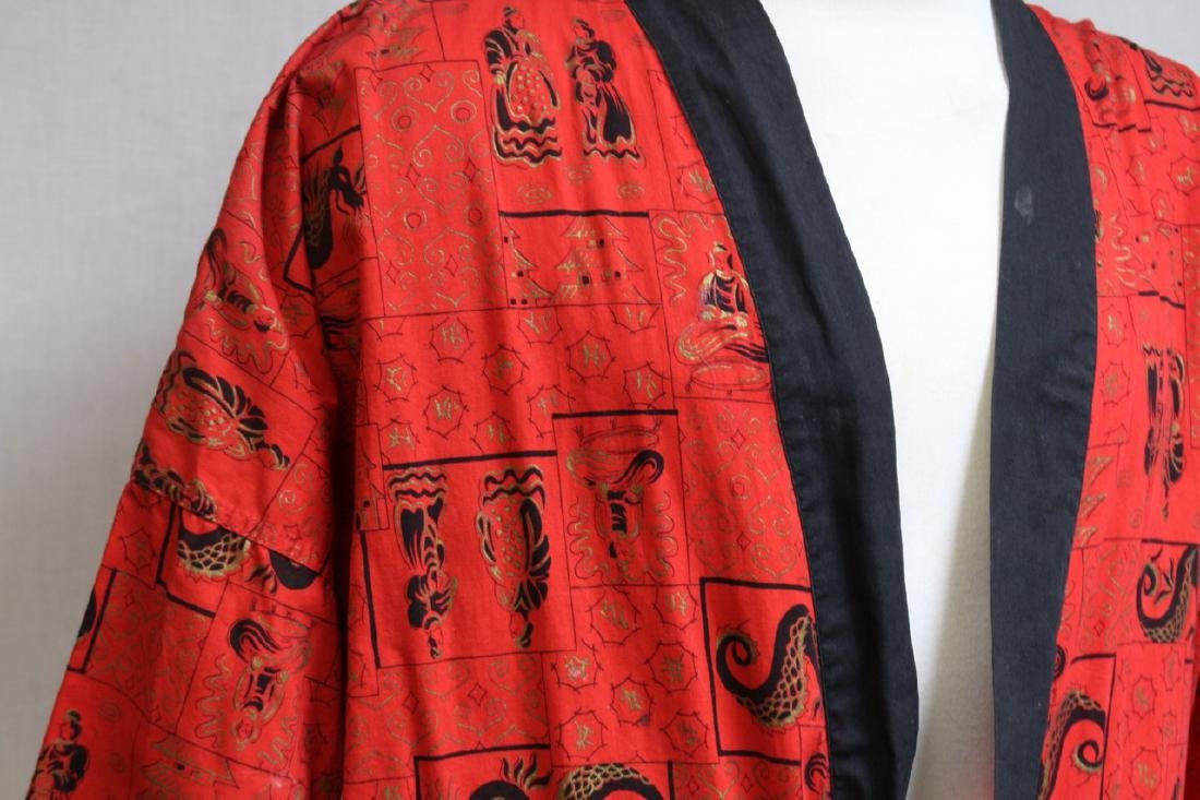 Vintage 1970s Men's Red Asian Dragon Robe - 3