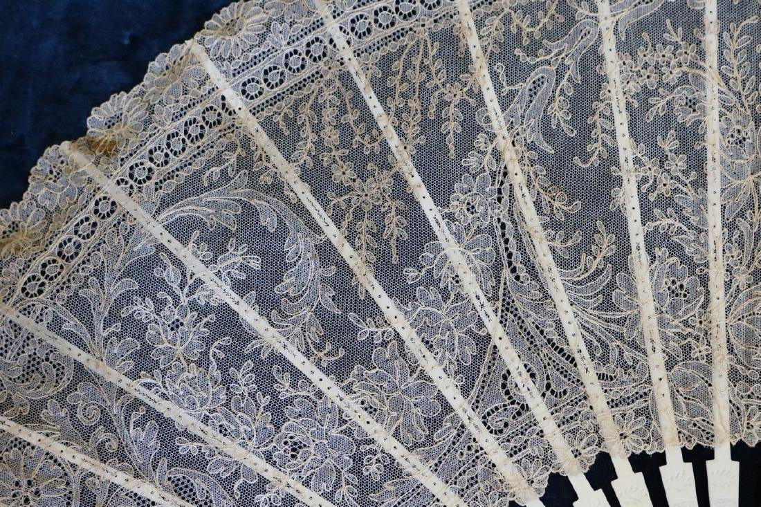 Victorian Lace & Hand Carved Bone Ladies Hand Fan - 2