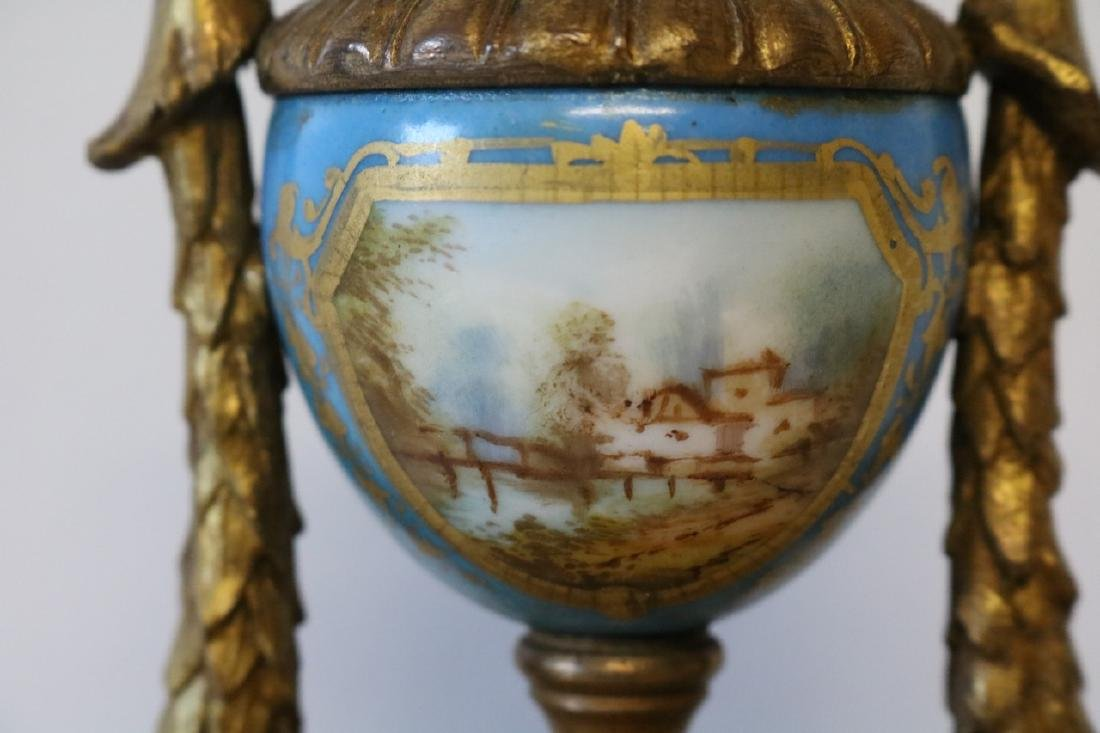 French Mantel Clock, hand painted porcelian - 5