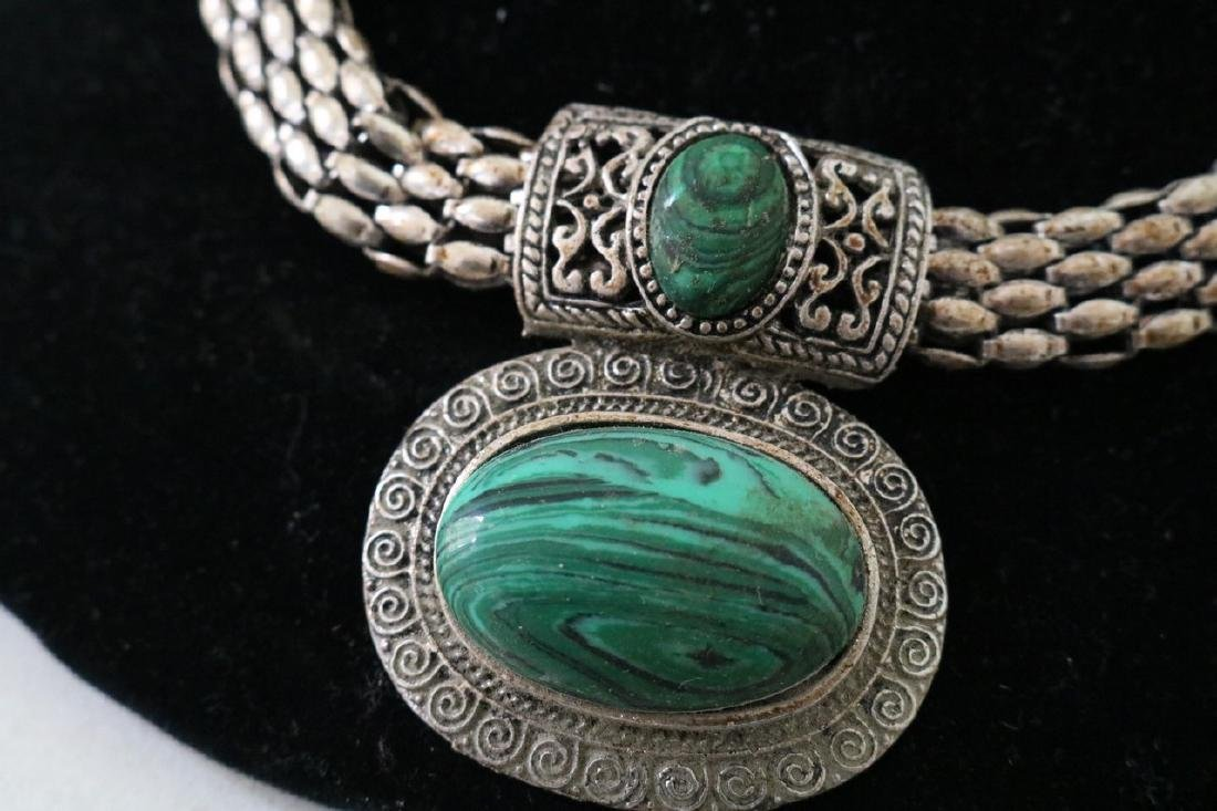 Vintage Asian Silvertone Necklace w/Green stone Pendant - 2