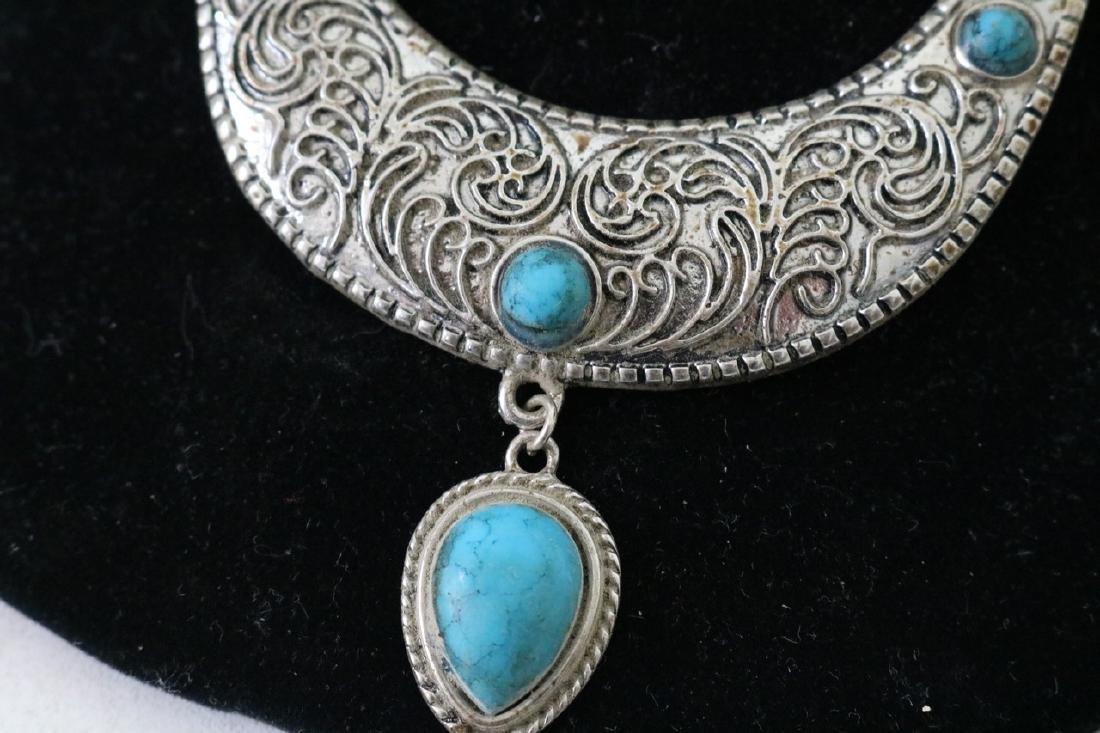 Vintage Asian Silvertone Necklace w/Blue Stones - 2