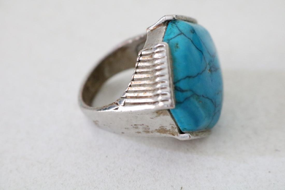 Vintage Asian Silver and Turquoise Ring - 2