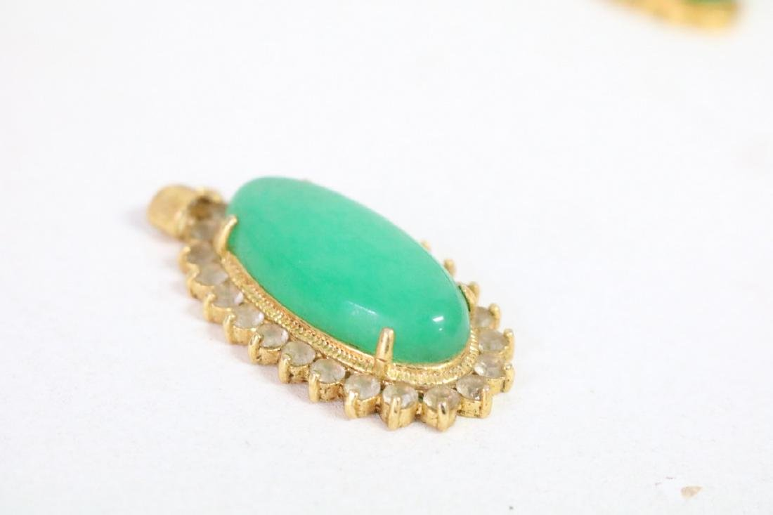 3 Vintage Asian gold and green stone pendants with - 3
