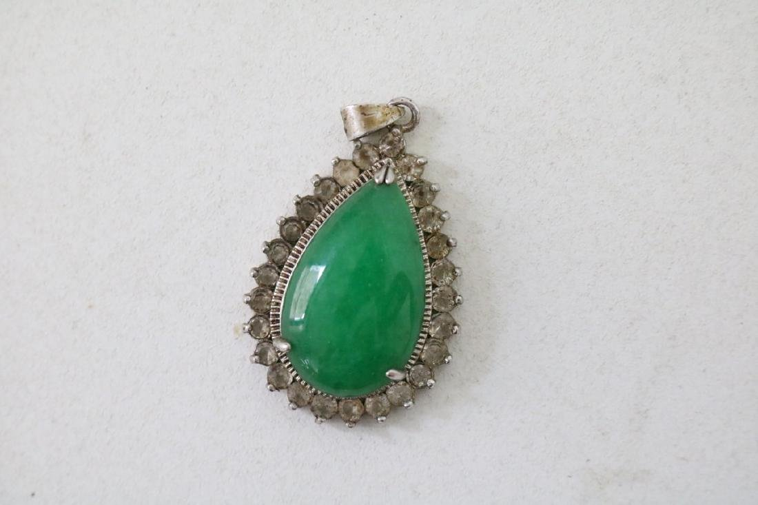 Pair of Green stone Pendants - 5
