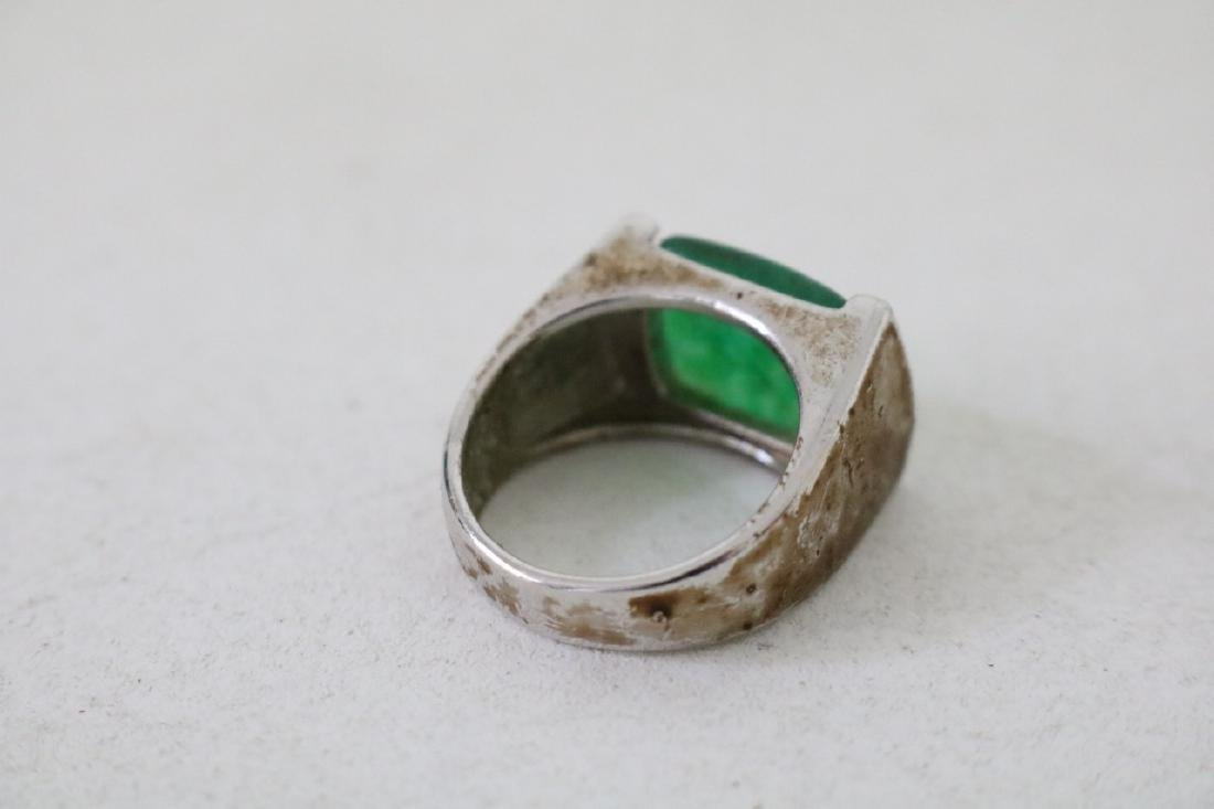 4 Gold and silver Jade Rings - 9