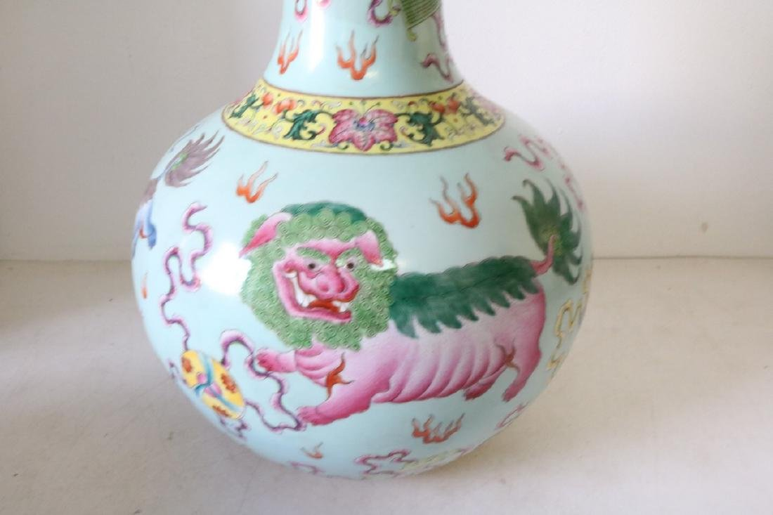 Large Asian Vase with Dragons, Signed - 4