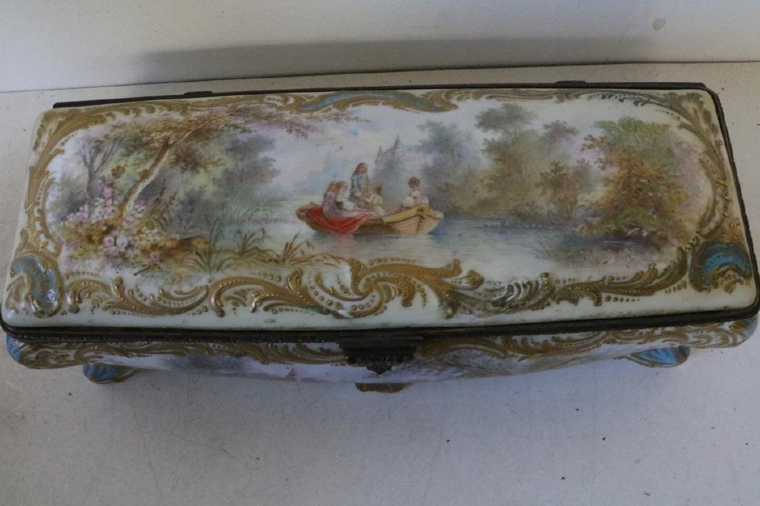 French Sevres porcelain hand painted Dresser Box - 4
