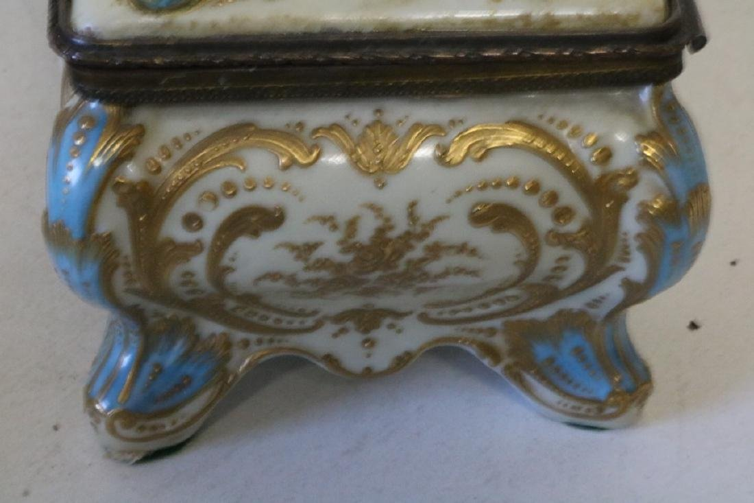 French Sevres porcelain hand painted Dresser Box - 8