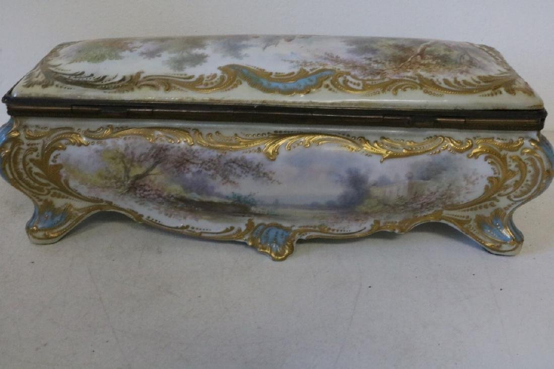 French Sevres porcelain hand painted Dresser Box - 9