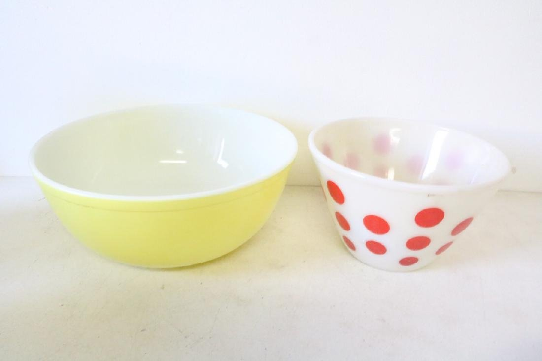 Vintage Pyrex and Fire King Bowls