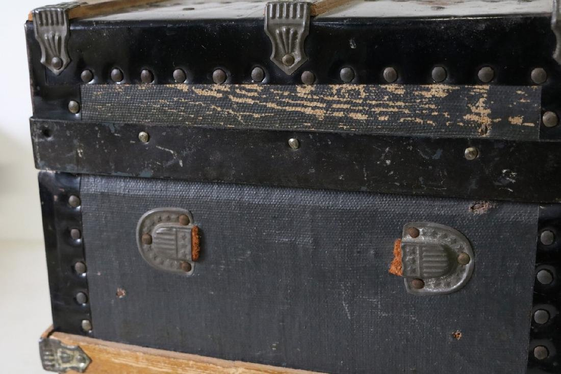 Antique Child's/Doll Trunk - 4