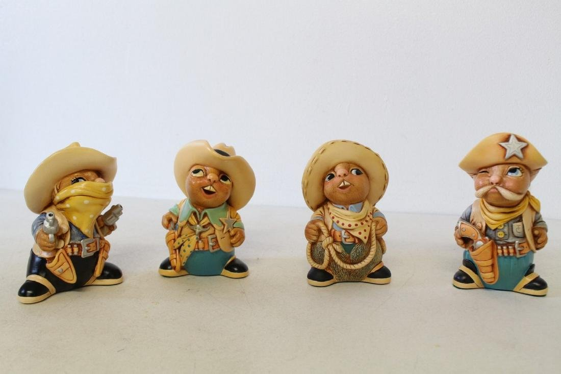 Lot of 4 Pendelfin Cowboy Bunnies