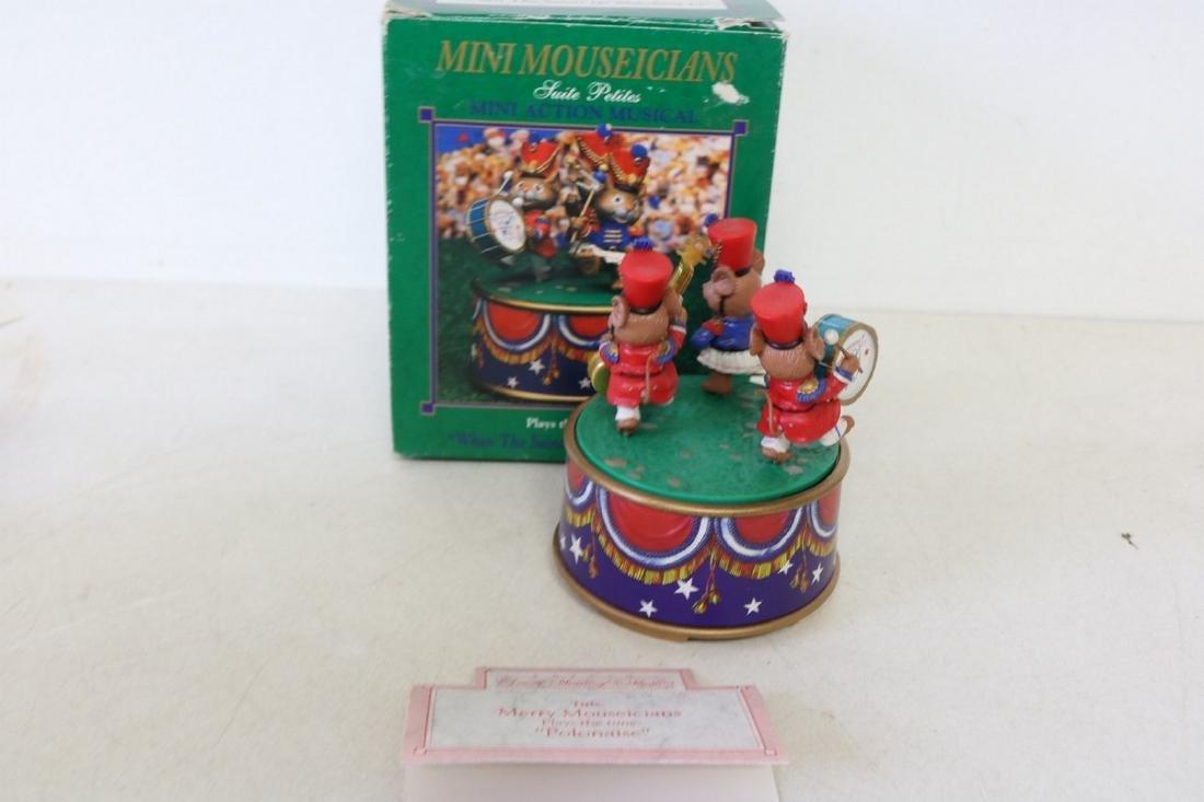 Enesco Mini Mouseicians action musical