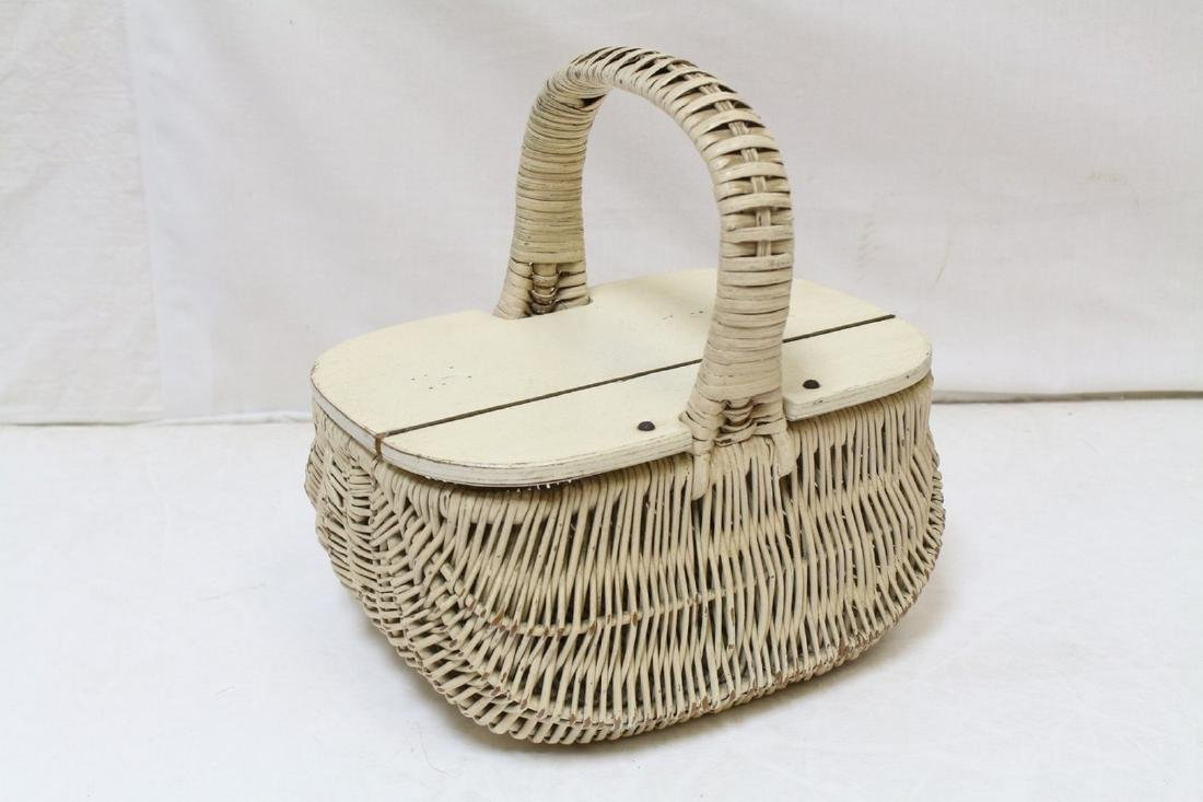 Vintage 1960s Wicker Basket Purse