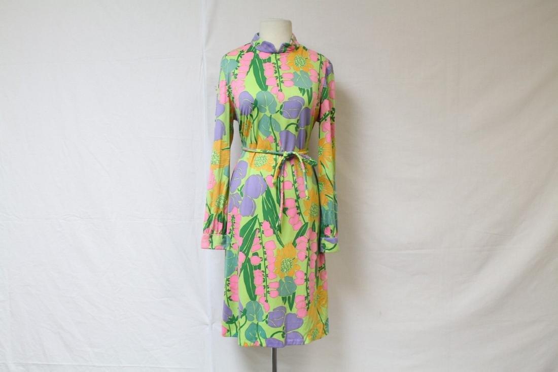 Vintage 1960s Suzy Perette Floral Shift Dress
