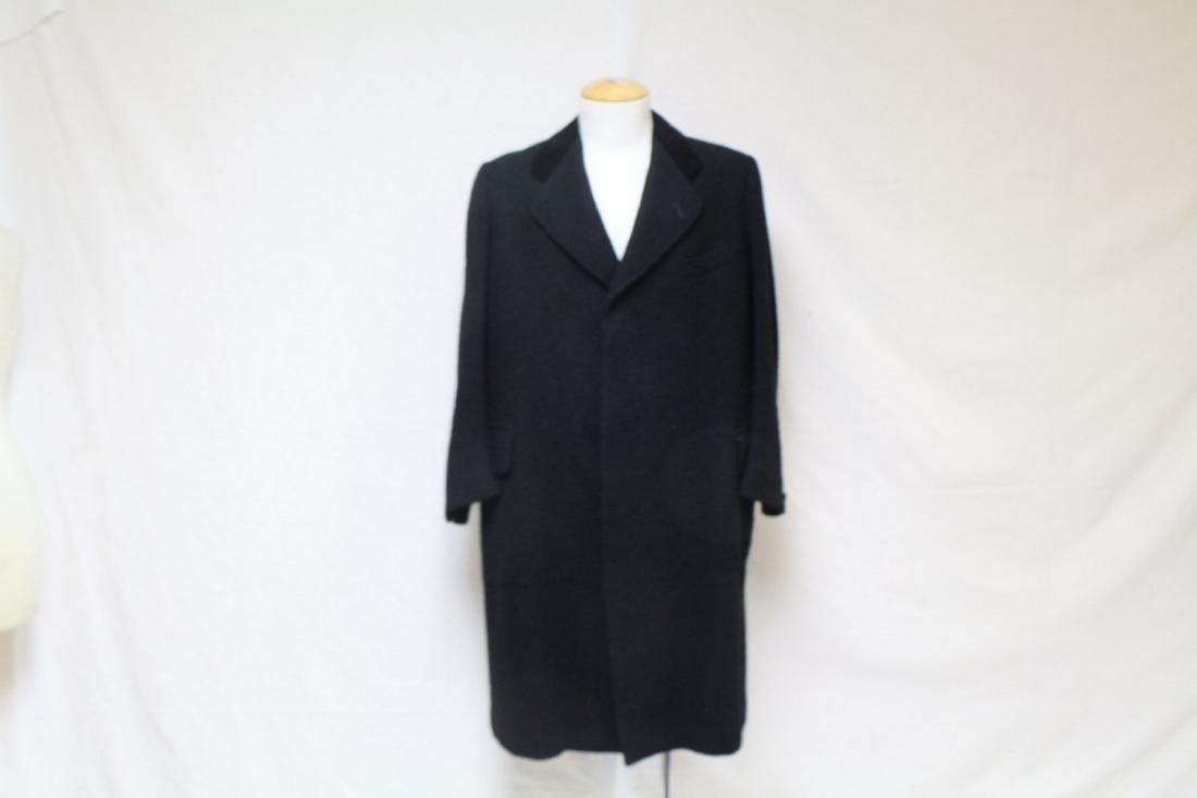 Vintage 1940s Men's Black Boucle Wool Coat
