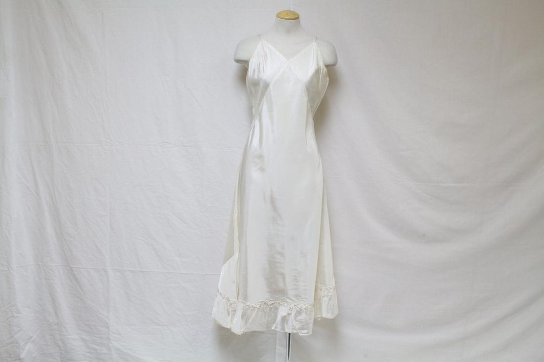 Vintage 1950s Ivory Rayon Full Slip