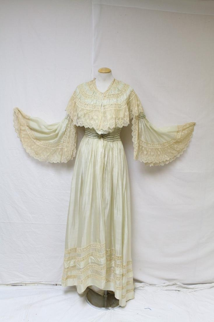 Antique Early 1900s Silk & Lace Dressing Gown