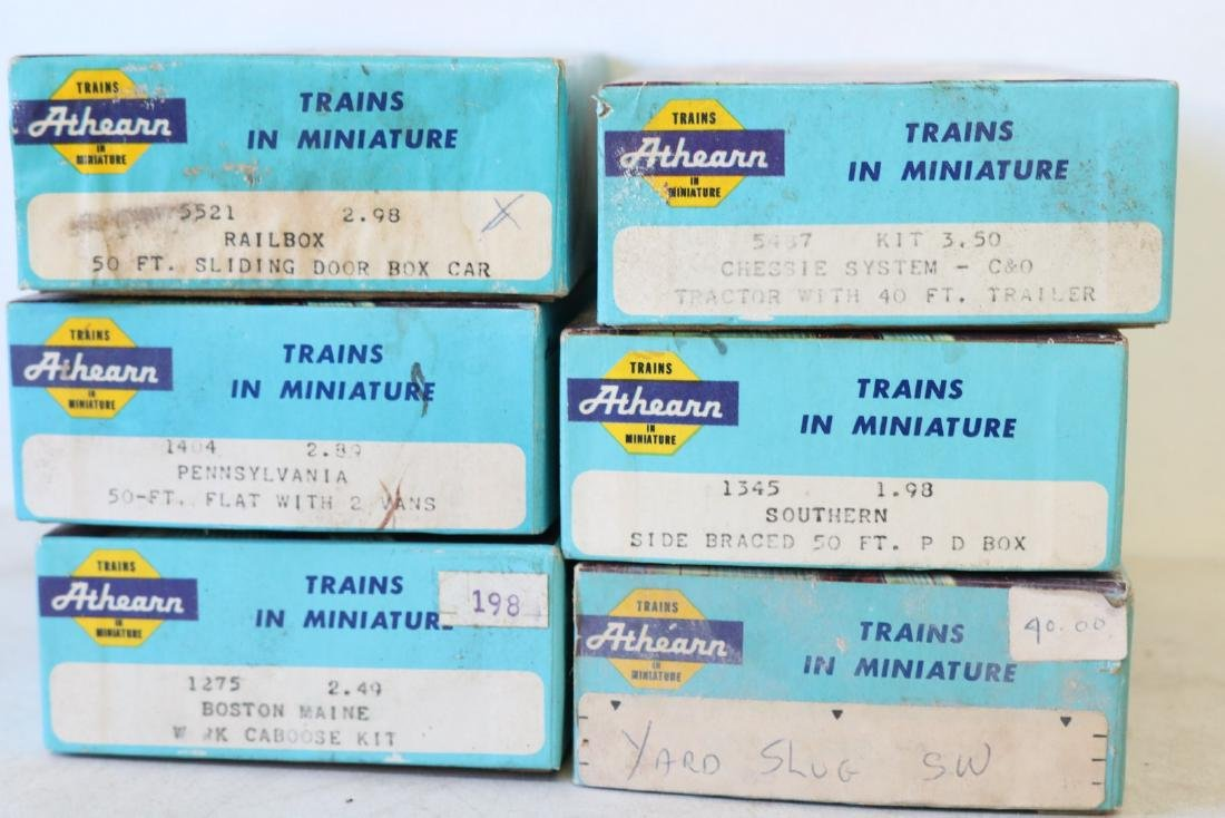Lot of Ahearn H.O. Scale Trains in boxes - 2