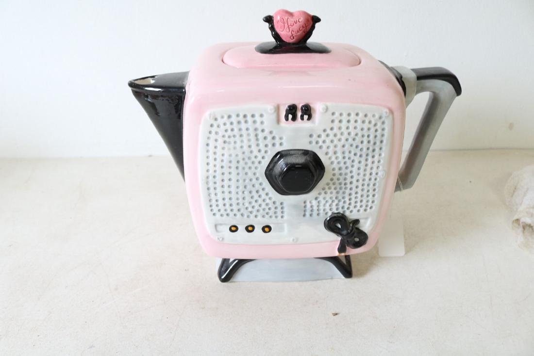 I Love Lucy Teapot by Vandor 1996 - 3
