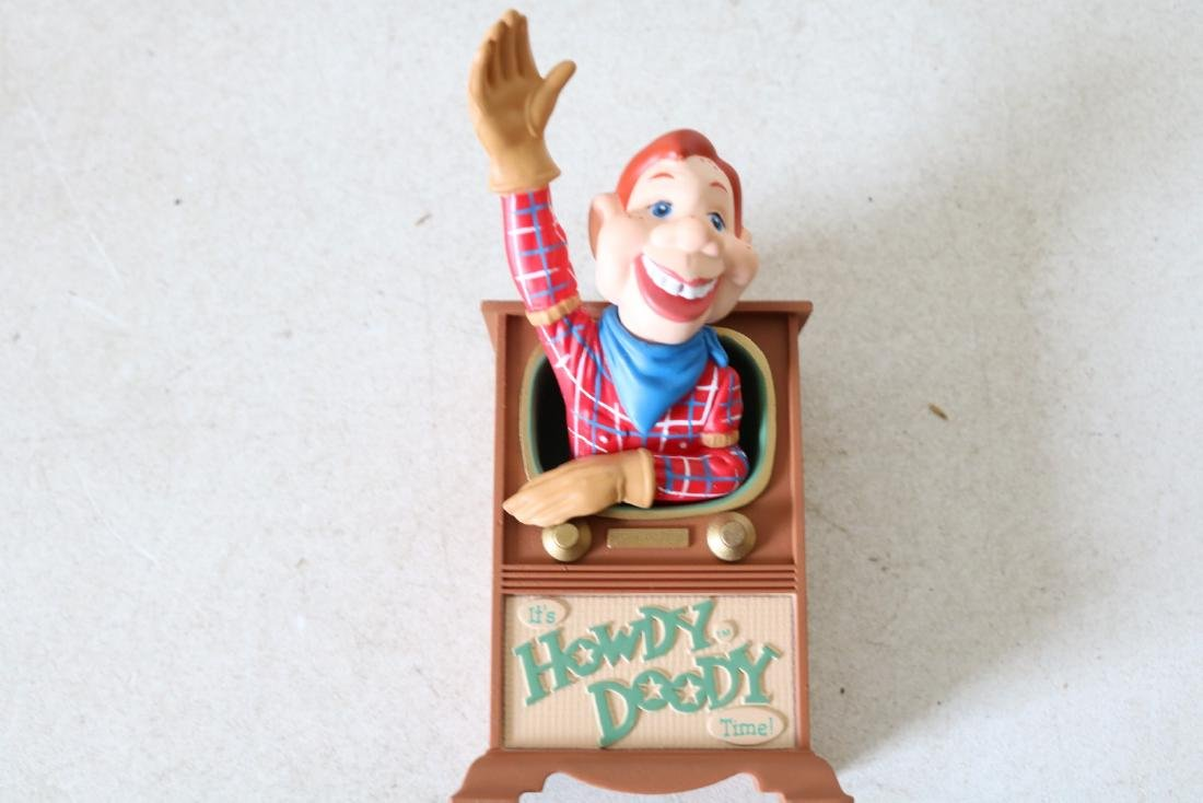 Autographed Howdy Doody signed Buffalo Bob Smith - 2