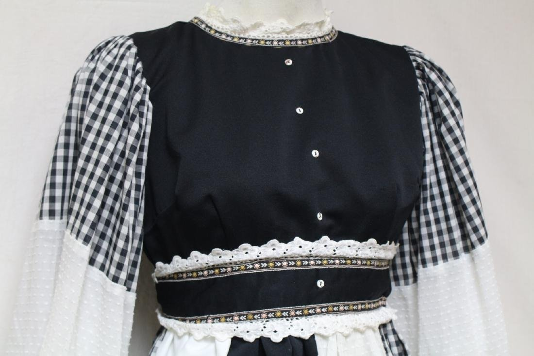 Vintage 1970s Black & White Bohemian Dress - 2