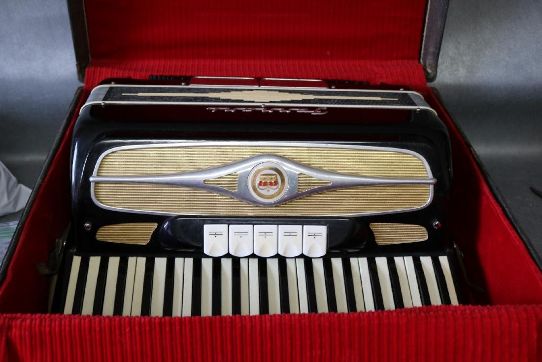 Ferrari Accordion in case
